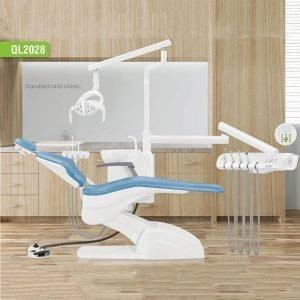 Sillón Dental QL2028 con taburete Fengdan fondo de madera