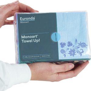 Pecheras Servilletas Towel Up Floral veleste con manos aggarndo paquete